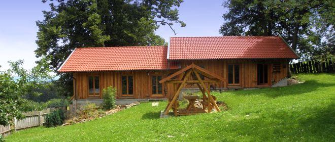 ferienhaus bayerischer wald ferien im holzhaus blockhaus preise bernachtung bayern. Black Bedroom Furniture Sets. Home Design Ideas